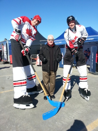 Hometown Hockey with Giant Players